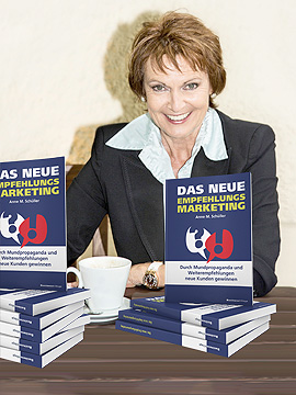 AS-Buecherstapel-Empfehlungsmarketing